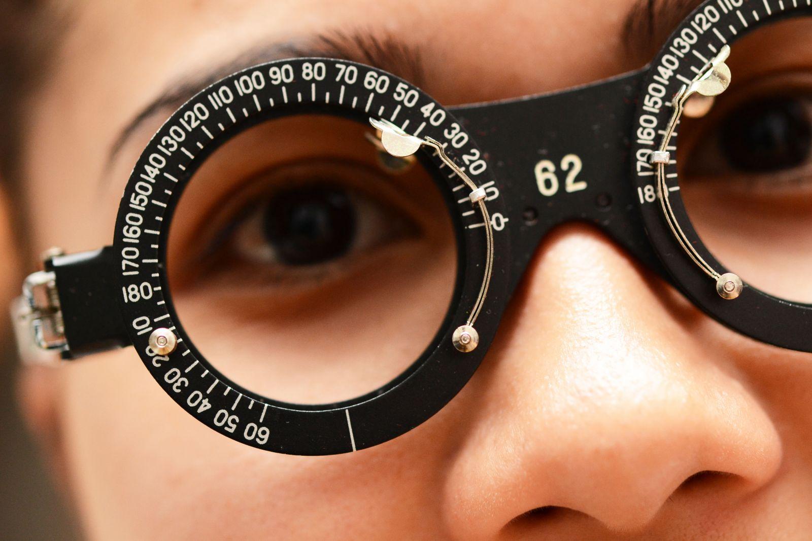 Фотохромные линзы при астигматизме