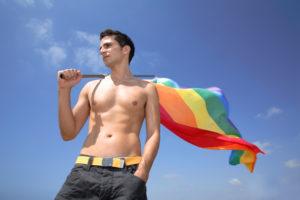 служат ли гомосексуалисты в армии