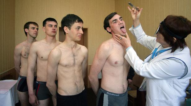 foto-devushek-medosmotr