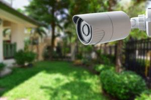 Как установить видеонаблюдение на дачу и в какую компанию лучше обратиться